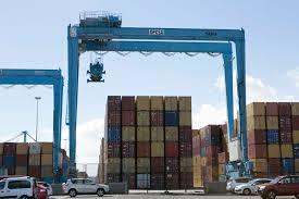 """CEOE- Tenerife:""""Las ayudas al transporte son vitales para nuestra economía""""."""